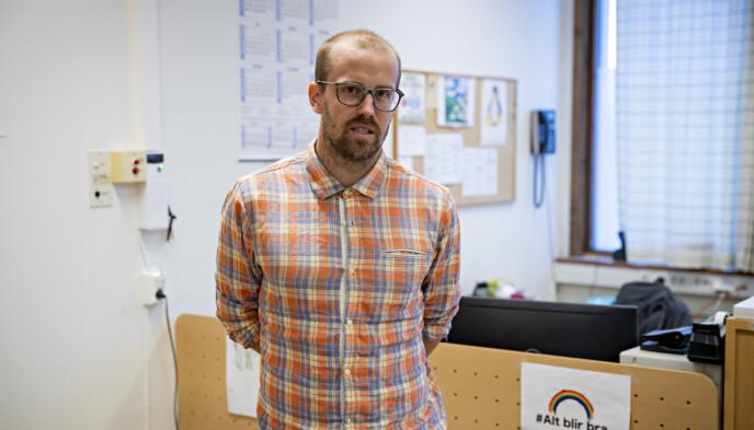 FINT TILBUD: Rektor ved Brannfjell skole i Oslo, Espen Sandnes Frystveit synes det er fint vaskinen kan settes på skolen. Foto: Bjørn Langsem