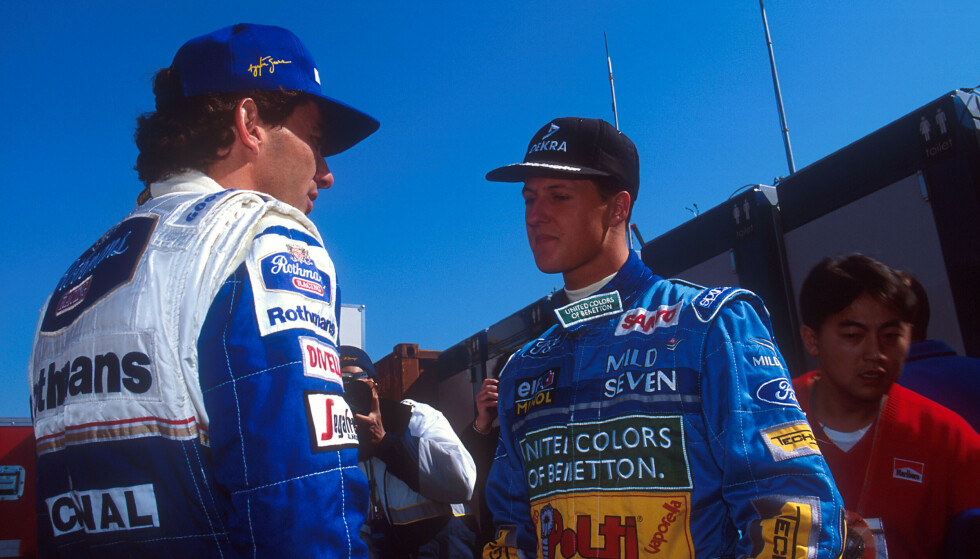 SAMMEN: Senna og Schumacher i samtale på Imola i 1994. Foto: Shutterstock Editorial