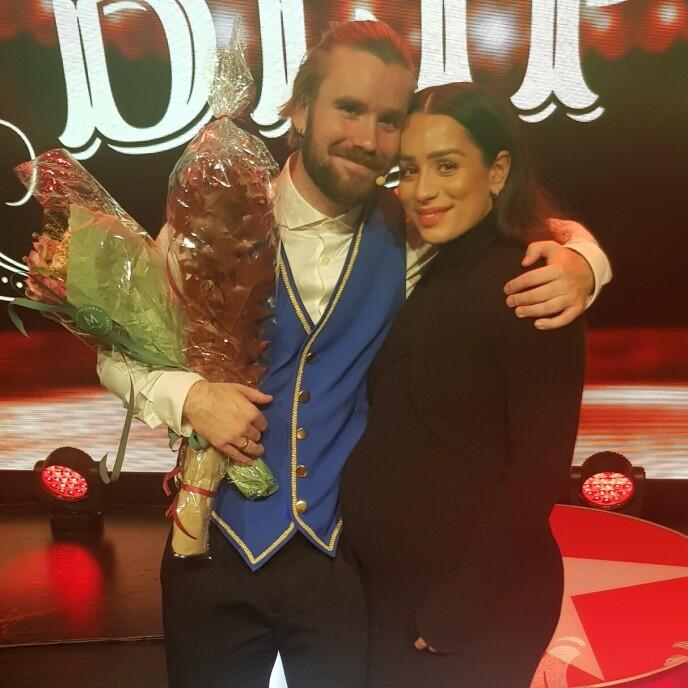 STOLT: Jamina Blipp var tydelig stolt etter ektemannen Stian Blipps premiere. Foto: Bent Are Sigvaldsen/Se og Hør