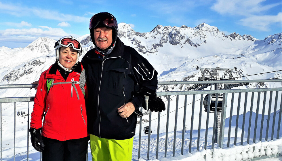 MISTET EKTEMANNEN: 72 år gamle Hannes Schopf døde av coronaviruset få dager etter å ha kommet hjem fra skiferie i Ischgl i mars 2020. Kona Sieglinde har nå gått til søksmål mot den østerrikske stat, som anklages for alvorlige feil i håndteringen av virusutbruddet. Foto: Privat / AFP / NTB