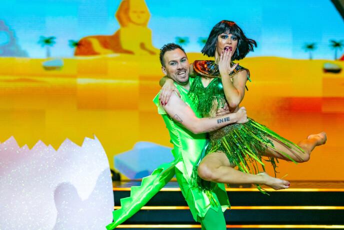 Intrattenimento: i giudici non hanno nascosto il fatto che pensavano che il ballo di Dennis e Lillian fosse divertente.  Foto: Thomas Andersen / TV 2