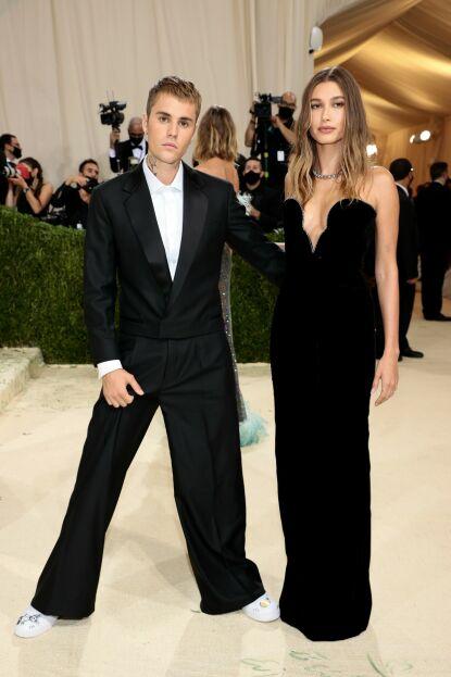 OVERVÅKES: Bieber-ekteparet skal ikke gjøre mye feil før fansen setter i gang ryktemølla. Foto: Dimitrios Kambouris/AFP/NTB