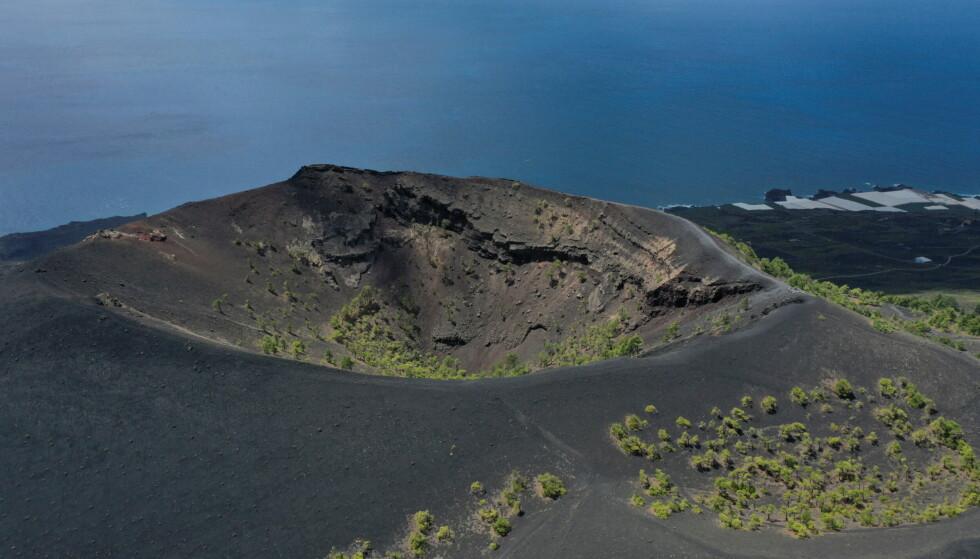 Prima dell'eruzione: questa foto del vulcano è stata scattata il 17 settembre.  Foto: Borja Suarez / Reuters / NTB