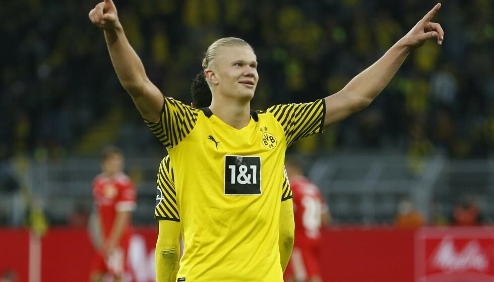 FEIRER: Erling Braut Haaland scoret to nye mål for Dortmund. Foto: Reuters