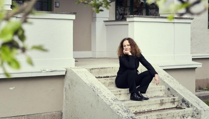 VAKSINEJEGER: Camilla Stoltenberg løfter fram hvor fort verden hadde vaksine klar. Foto: Morten Rakke