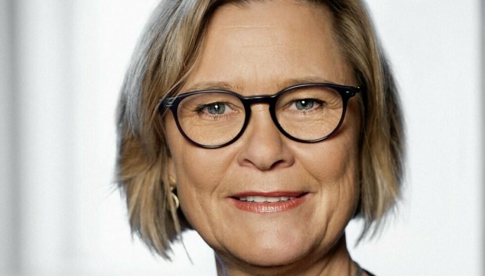 CORONAPASS: Lone Simonsen er professor ved institutt for Naturvitenskap og Miljø ved Roskilde Univeristet, og leder for pandemisenteret i Danmark. Hun mener at massetestingen har vært et viktig grep for gjennåpningen av Danmark. Foto: Roskilde Universitet.