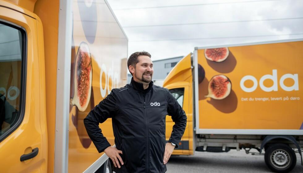 BILLIG BILBUTIKK: Karl Munthe-Kaas i Oda forteller at selskapet har nådd et vippepunkt og en kritisk kundemasse som gjør det mulig å sette ned prisene på nivå med konkurrentene Kiwi, Rema og Coop Extra. Foto: Oda