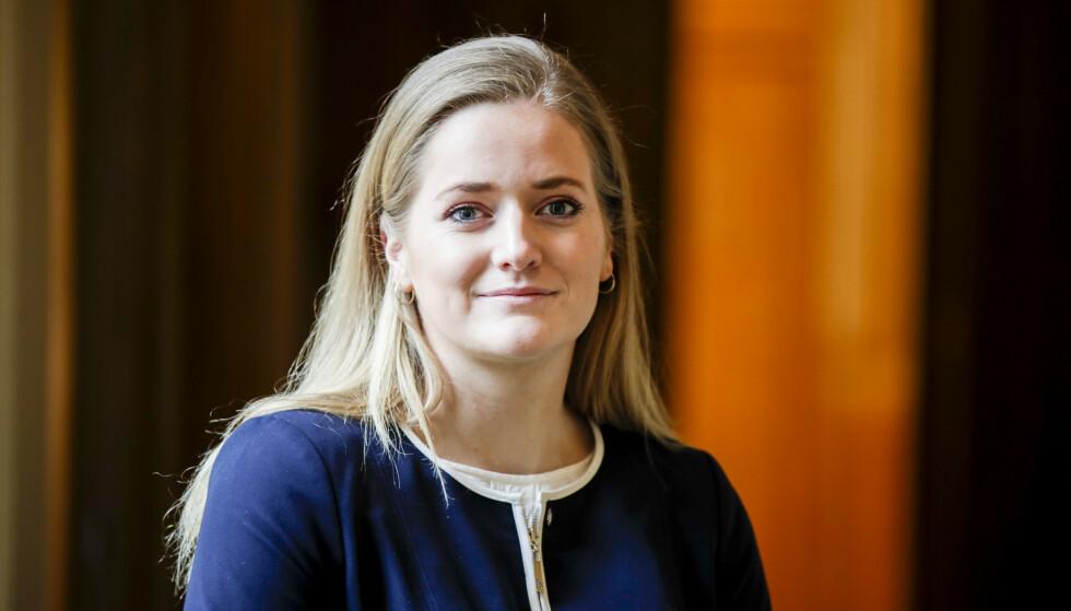 NEST YNGSTE NOENSINNE: Emilie Enger Mehl ble nettopp 28 år. Nå blir hun justisminister. Foto: Vidar Ruud / NTB
