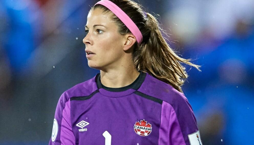 ØNSKER ÅPENHET: Den kanadiske fotballspilleren Stephanie Labbé har slitt med psykiske utfordringer i flere år. Foto: NTB