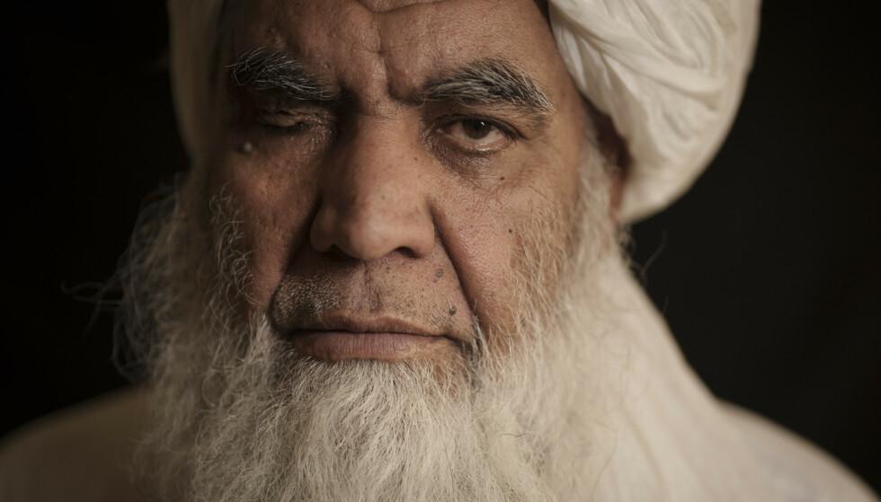 HENRETTELSE: Taliban-leder Mullah Nooruddin Turabi, sier at de vil gjeninnføre straff som henrettelse og amputasjon av hender. Foto: Felipe Dana /AP /NTB