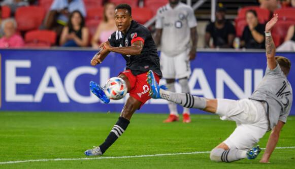 I KJENT STIL: Ola Kamara har funnet formen i DC United. Foto: Rafael Suanes / USA Today Sports / NTB