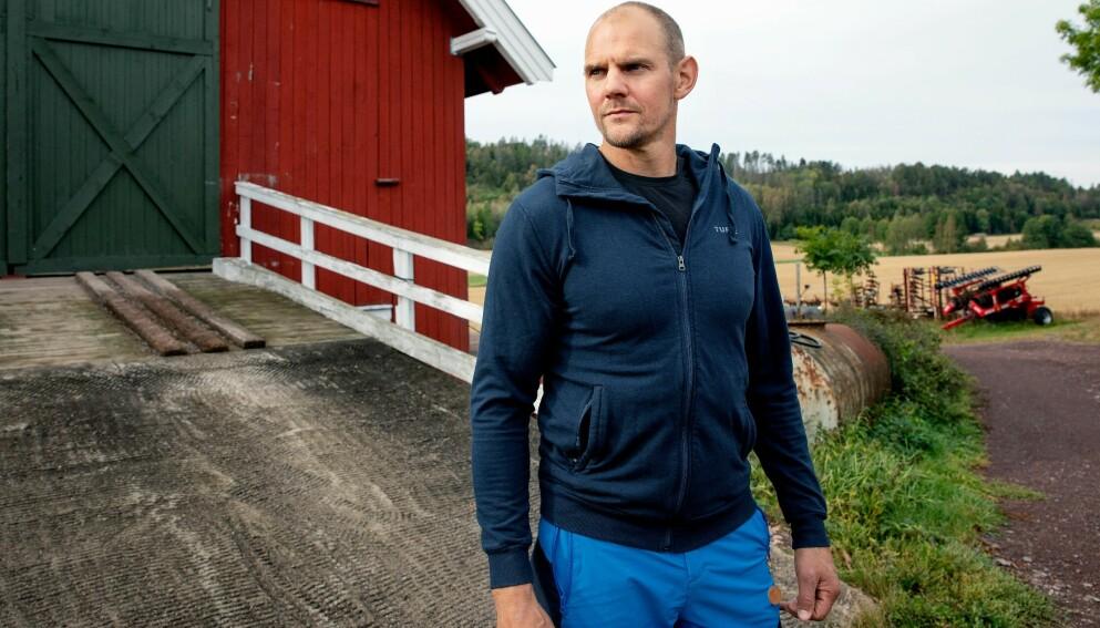 LEGENDE: Olaf Tufte har preget rosporten i 30 år. Mandag gir han ut bok. Foto: Kristin Svorte