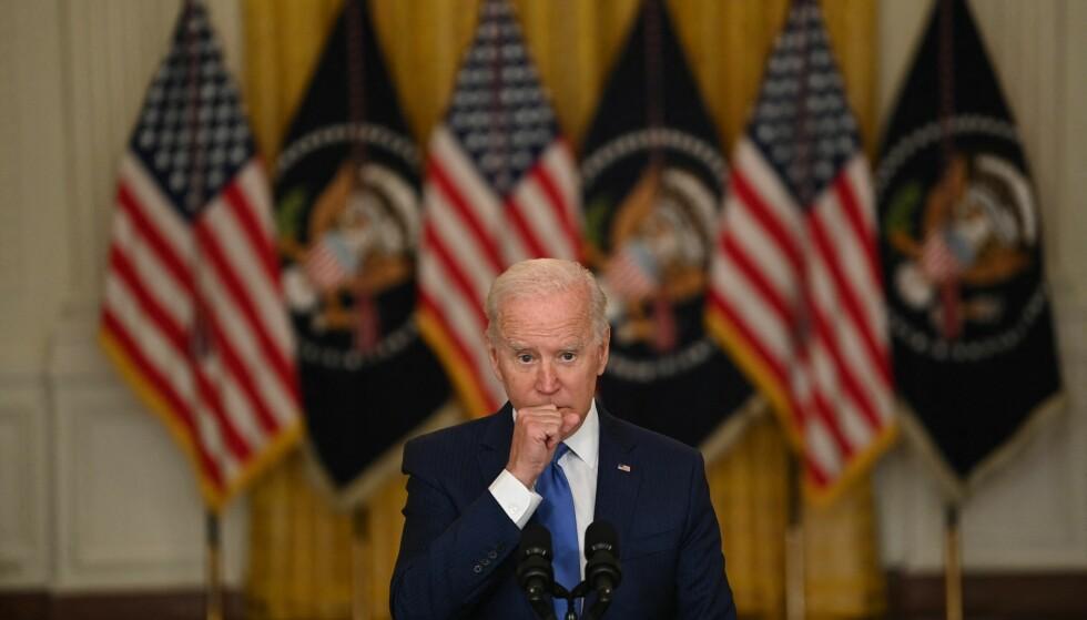 TALLTRØBBEL: USAs president Joe Biden er i trøbbel, ifølge meningsmålingene, som for første gang i hans presidentperiode viser at han har flertallet av amerikanerne mot seg. Foto: AFP / NTB