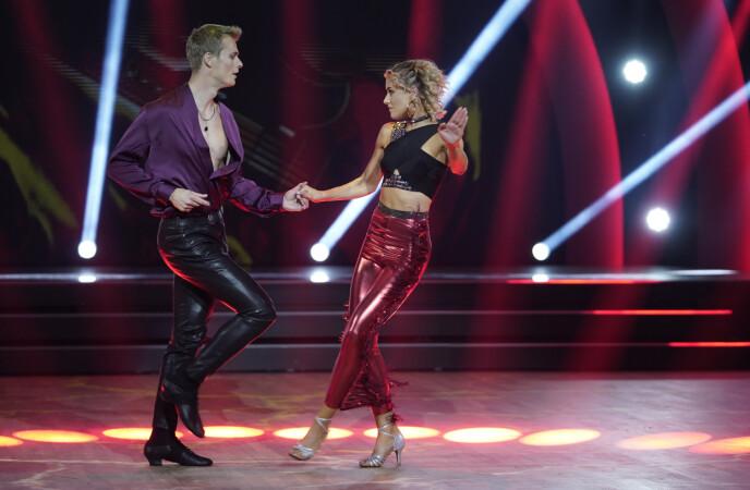 SIMON OG HELENE: Det ble full fart med jive for Simon og Helene. Foto: Espen Solli / TV 2