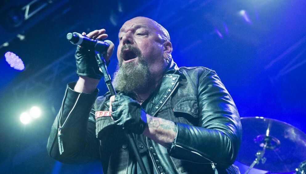 HELSEOPPDATERING: Rockestjernen Paul Di'Anno deler om sin kritiske helsetilstand. Foto: Kevin Nixon/Metal Hammer Magazine/NTB