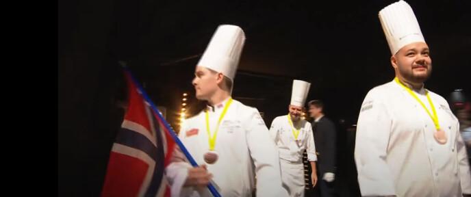 NORSK LAG: Slik så det ut av det norske laget ble presentert for publikum. Foto: live-grab