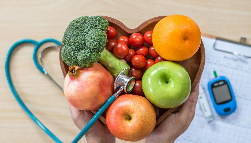 SUNT FOR KOLESTEROLET: En sunnere livsstil er med på å senke kolesterolverdiene. Foto: Shutterstock