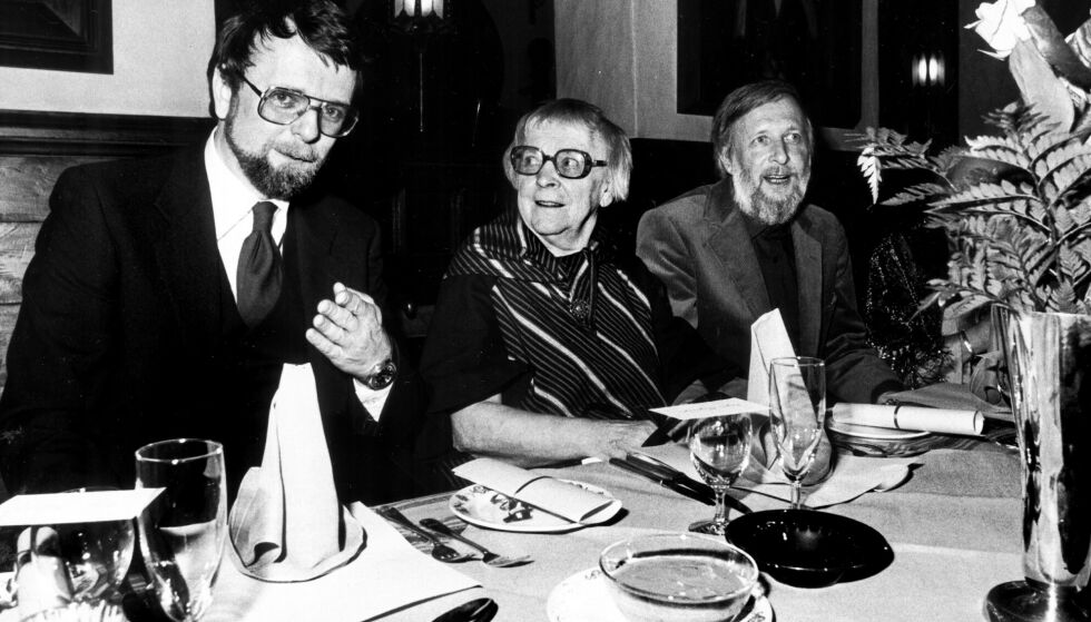 TIDLIGE ÅR: Klaus Hagerup med moren Inger og broren Helge. Foto: Ole C.H. Thomassen