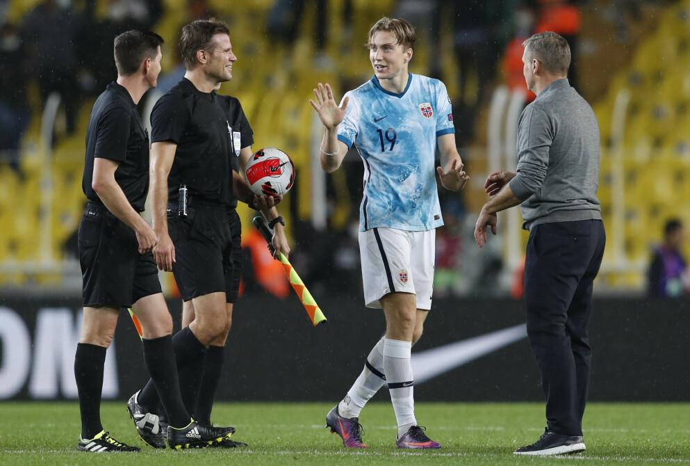 LEVERTE VARENE: Kristian Thorstvedt utliknet til 1-1 like før hvilen. Foto: REUTERS/Murad Sezer/NTB