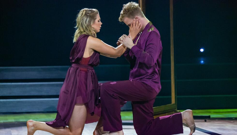 DEDISERT DANS: Maren Lundby og dansemakker Philip Raabe under lørdagens «Skal vi danse». Foto: Thomas Andersen / TV 2