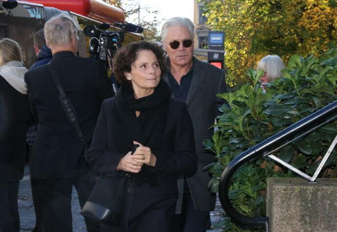 - TRIST: Kim Haugen ankom Frogner kirke sammen med kona Nadia Hasnaoui. Foto: Andreas Fadum/Se og Hør