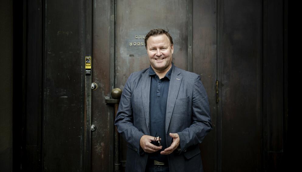 NY BOK: Assisterende helsedirektør Espen Rostrup Nakstad kommenterer Sveriges coronastrategi i ny bok. Foto: Nina Hansen / Dagbladet