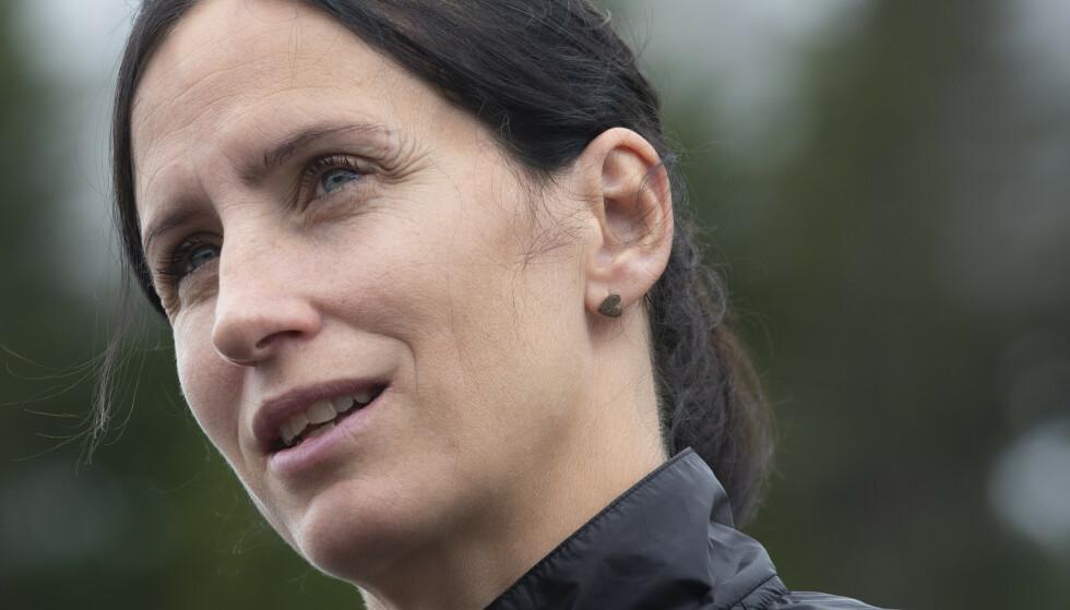 HYLLER LUNDBY: Marit Bjørgen hyller skihopper Maren Lundbys åpenhet rundt vektproblematikk. Foto: Berit Roald / NTB