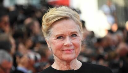 STOLT: Liv Ullmann under Cannes-festivalen i 2017. Foto: Anne-Christine / AFP.