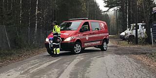 Image: Kvinne knivstukket i Elverum - søker etter mann med uniform