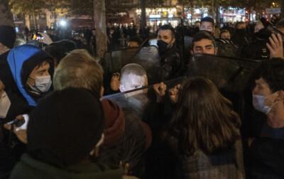 Image: Fransk statsråd «sjokkert» av politiaksjon