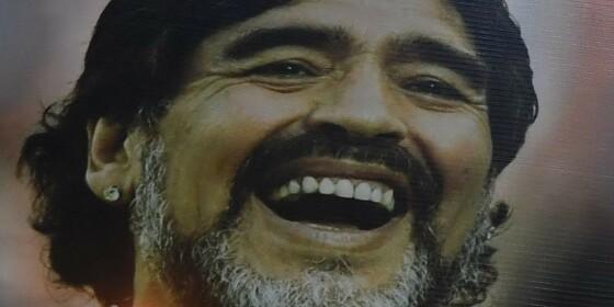 Image: - Etterforsk Maradonas død!