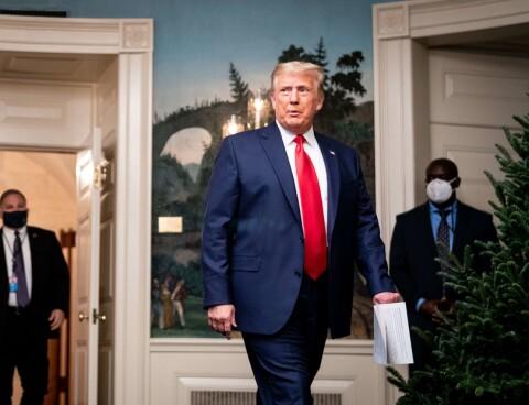 Image: Trump-tilhenger krever pengene tilbake