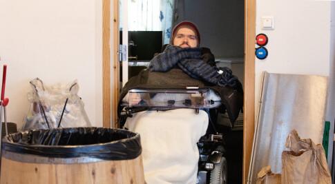 Image: Ola (27): Druknet dødsangst med alkohol