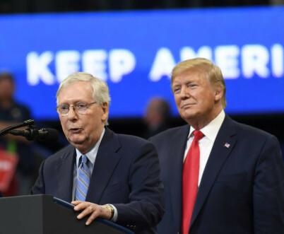 Image: Skylder på Trump