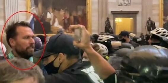 Image: TV-bildene sjokkerte - hva gjorde han der?