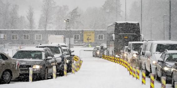 Image: Kjører rett forbi testsenter