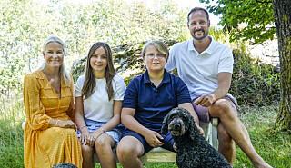 Image: Kronprinsfamilien i sorg
