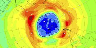 Image: Ozonhullet større enn Antarktis
