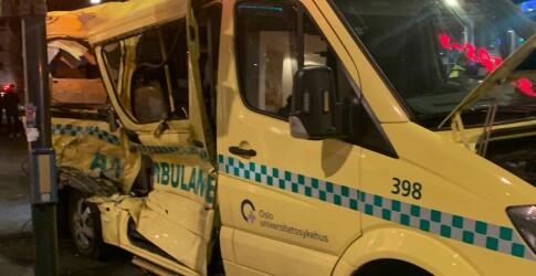Image: Trikk kolliderte med ambulanse